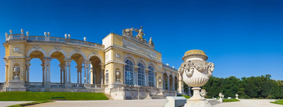 Flüge von Porto nach Wien